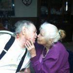 anniversary_kiss
